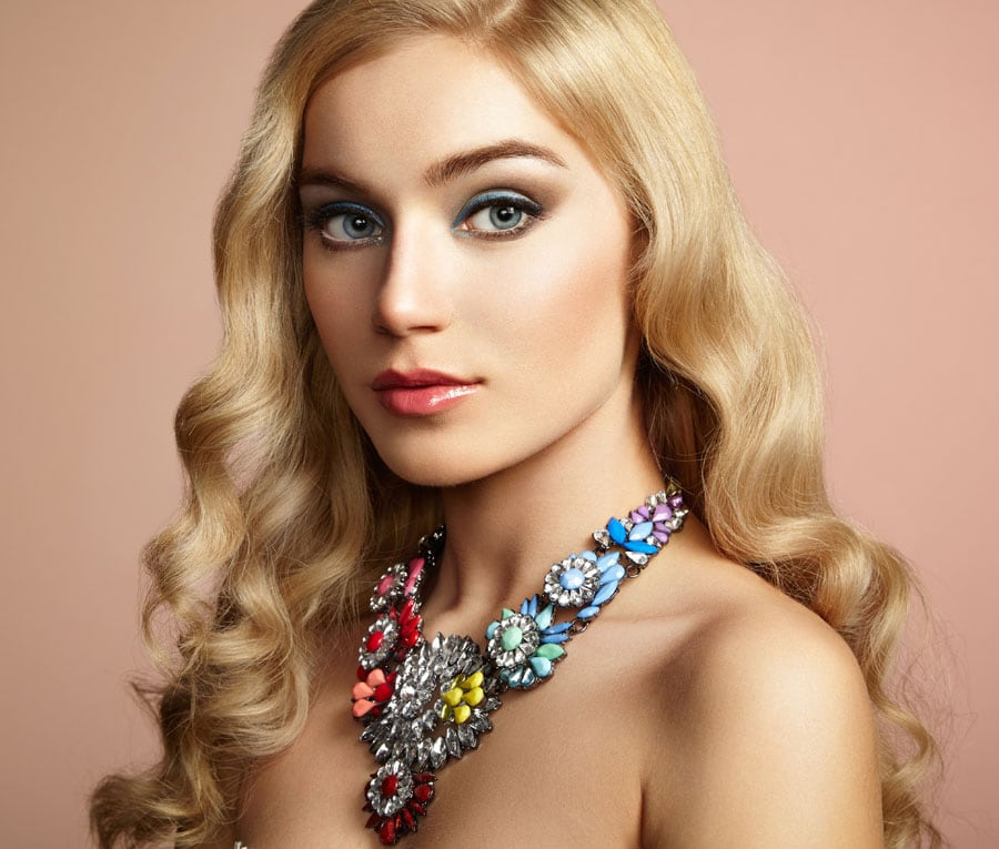 Holiday Hairstyles: Easy Ideas to Look Pretty and ...